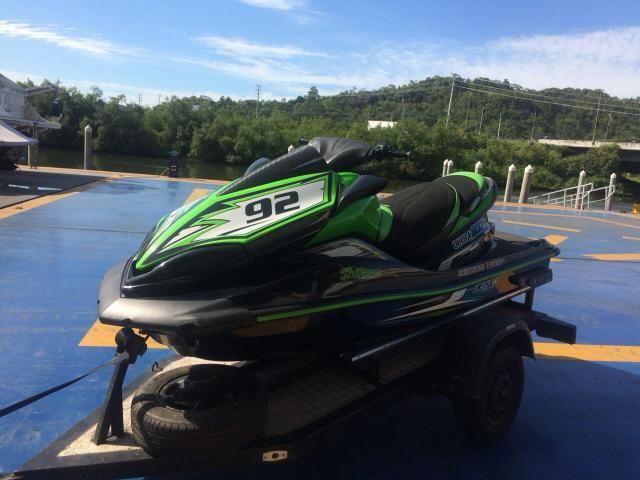 Attirant Jet Ski Kawasaki Ultra 300x