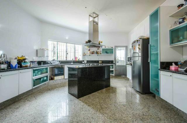 Bela casa no Park Way quadra 8 com 4 suítes + Loft com 2 quartos - SMPW 8 - Foto 19