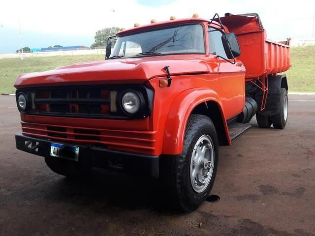 Caminhão caçamba Dodge/D950
