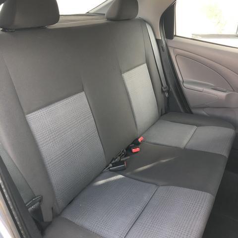 Toyota Etios X 1.5 Sedan 2013 - Foto 10