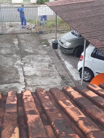 Sobrado em Pinhais vendo ou troco por casa térrea ou apartamento - Foto 9