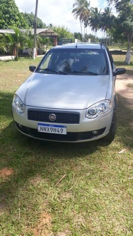 Fiat Pálio Weekend 1.8/8V com kit gás