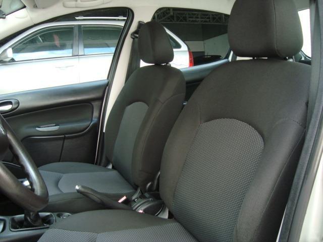 Peugeot 207 Xr 1.4 Flex Hatch Completo Impecável - Foto 16