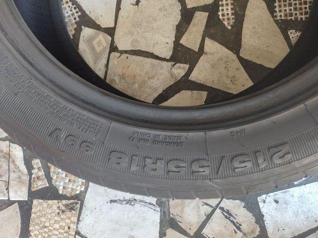 2 pneus aro 18 215/55/18 seminovo - Foto 3