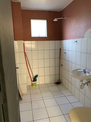 Alugo apartamento dois quartos , sala quarto e cozinha, 440 mensal  - Foto 3