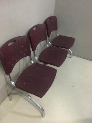 Cadeiras 3 lugares longarina  - Foto 2