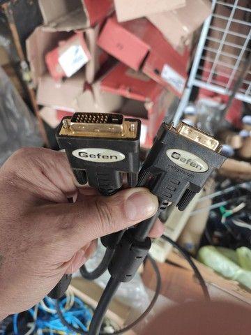 Cabos de vídeo reforçados VGA E DVI e serial - Foto 3