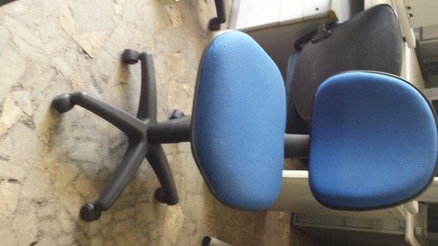 cadeira reformada com garantia a partir de 180,00 - Foto 3