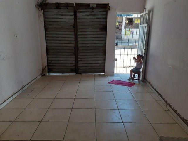 Vende-se uma casa na avenida no Ibura (27 de novembro) - Foto 2