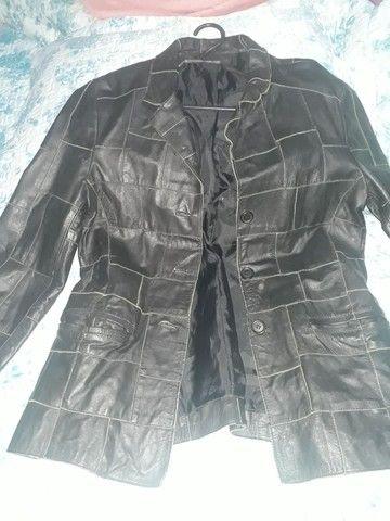 Jaqueta de couro semi novo feminina