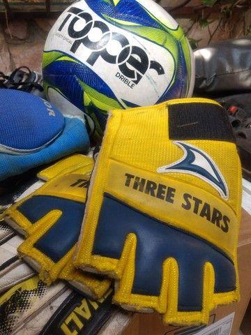 Kit futebol socyte tênis 38 bola luvas - Foto 6