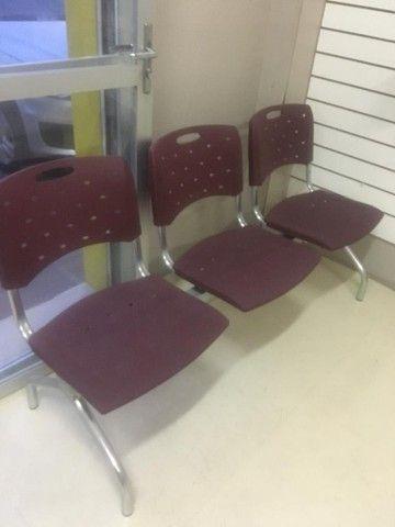 Cadeiras 3 lugares longarina