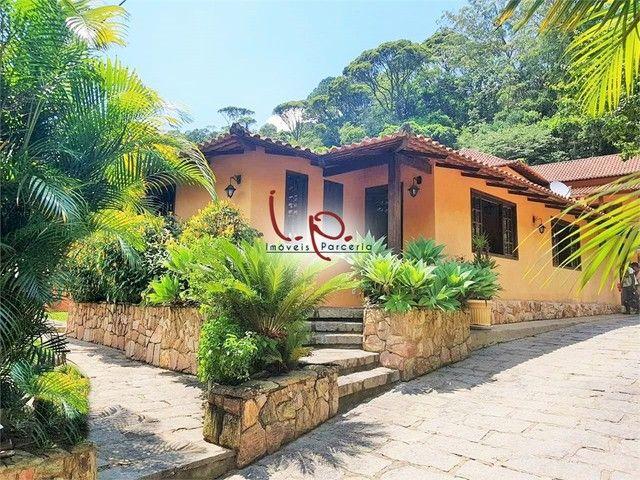 Luxuosa Casa com 4 Quartos, Bem Localizada, Rua Tranquila, 05 min Centro Histórico - Petró - Foto 2