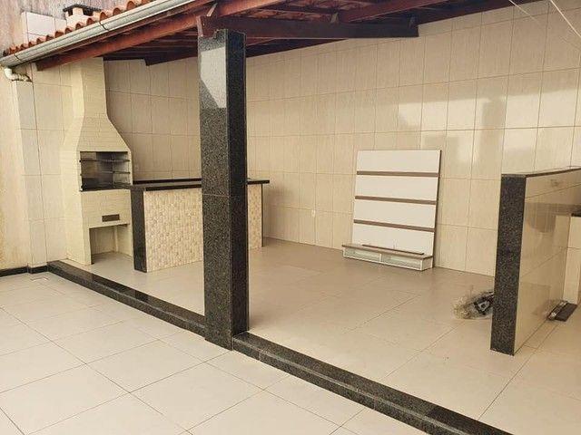 Casa em condomínio, 2|4 , área goumert, a poucos metros da Fraga Maia.