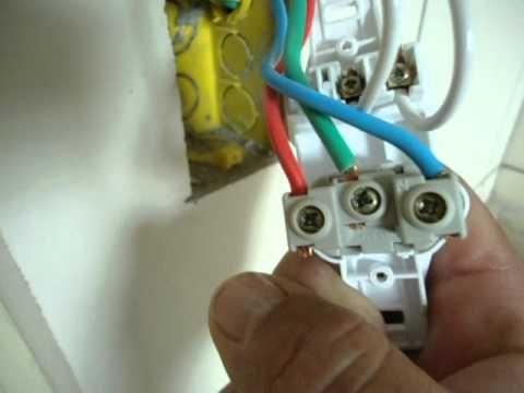 Serviços de Eletricista em Palmas 63 9 8112-4539 / 9 8459-2092