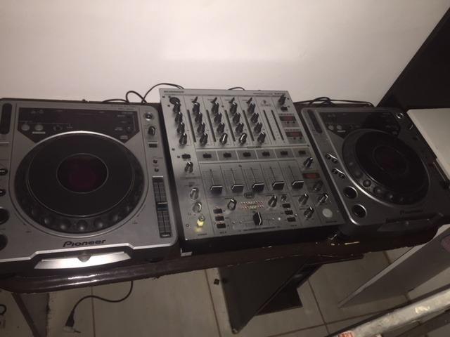 Cdj 800 (par) + mixer DJX 700