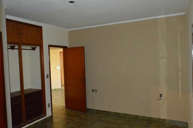 Casa em batatais,3 dormitorios,1 suite, piscina, sauna e varanda gourmet, região central - Foto 19