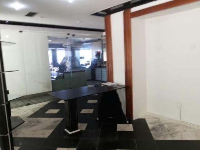Excelente oportunidade de negócio em ondina. sala para escritório ou loja.