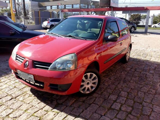 Renault Clio 1.0 flex Authentique 2006 - Foto 3