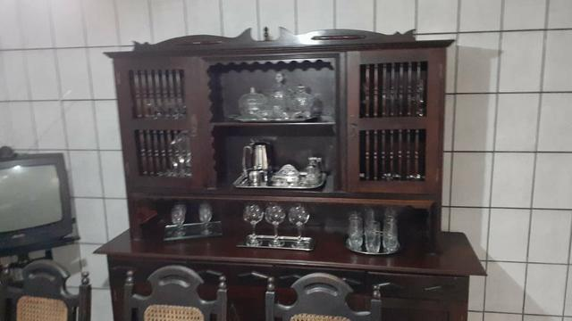 Cuzinha antiga arca mais uma mesa com 8 cadeiras - Foto 2