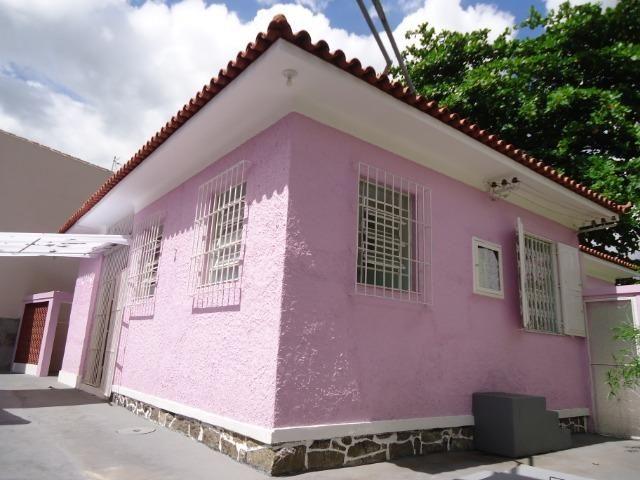 Ótima casa linear centro de terreno com 450 metros quadrados - Foto 19