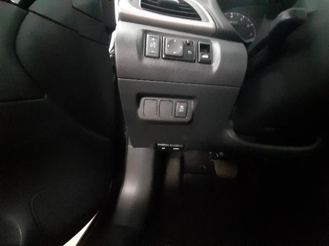 Nissan Sentra Sv 2.0 Flexstart 16v Automático - Foto 8
