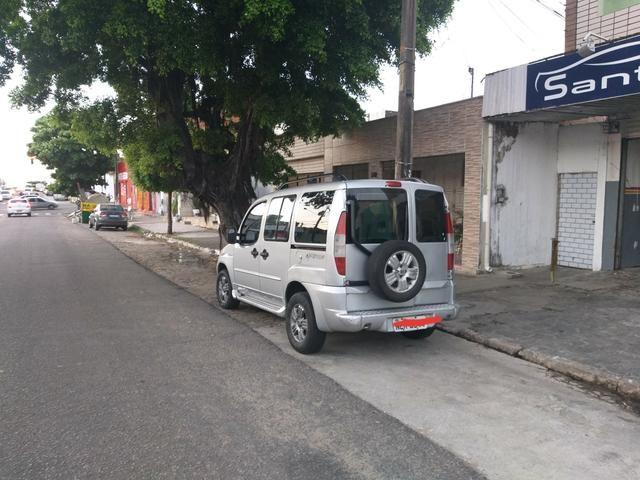 Fiat DOBLO Adventure 2005 COM GÁS - Foto 10