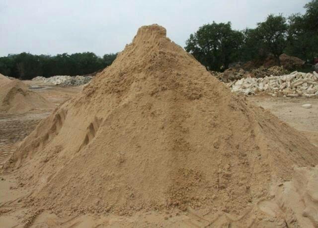 Areia seixo brita e tijolo na promoção