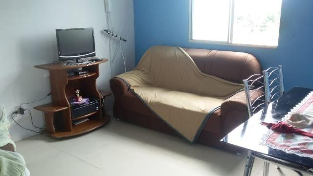 Vende-se um apartamento em condomínio fechado - Foto 2