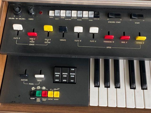 Piano / órgão eletrônico / teclado Yamaha  - Foto 4