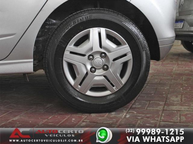 Chevrolet Onix LT 1.0 8V 2014/2015 - Foto 15