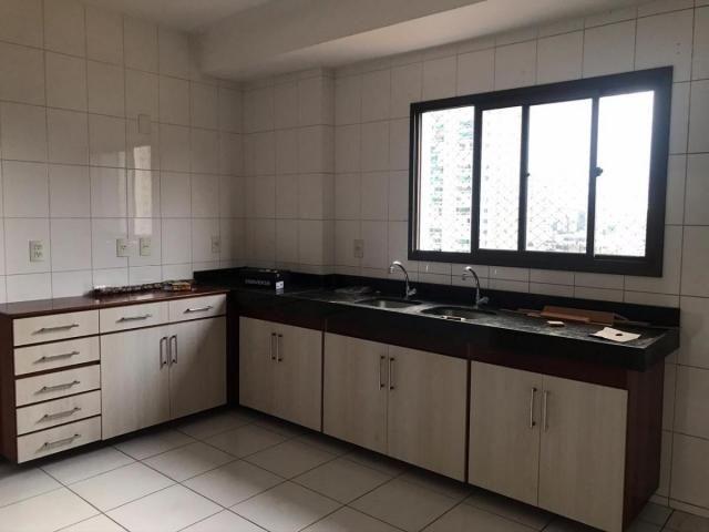 Porto Fino, Nazaré, 4 dormitórios, 4 suítes, 5 banheiros, 3 vagas - Foto 8
