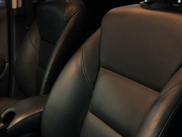 Honda HR-V Touring 1.8 - Foto 16