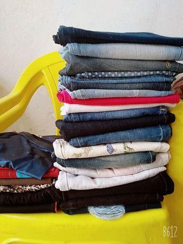Lote de roupas de bazar  - Foto 2
