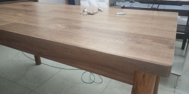 Mesa de Mdf com pés de madeira maçiça de Eucalipto - Foto 2