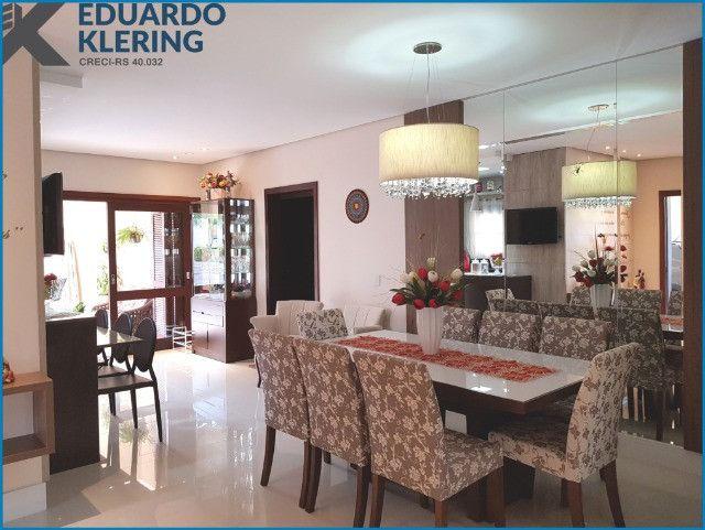 Casa de Alto Padrão, com 3 dormitórios, 3 banheiros, jardim com piscina, 399,48m² - Foto 10