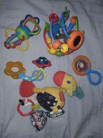 Brinquedos bebês