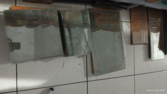 Vidros  temperado e acessórios para vitrines e balcões - Foto 2