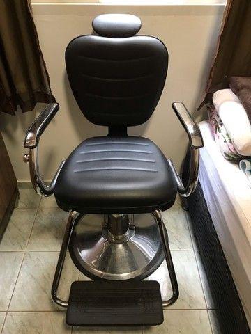 Cadeira para salão/ barbearia Dompel