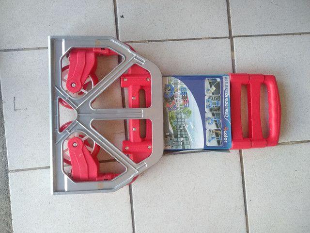 Carrinho Para Carga Retrátil Alumínio Alça Preta Emborrachada 80kg Dobrável - Foto 2