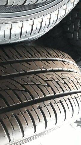 Jogo de roda e pneus praticamente zero aro 20 marca delinte  - Foto 3