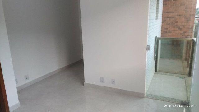 Apartamento B. Caravelas. COD A203. 2 qts/suíte, elevador,69 m². Valor 200 mil - Foto 7
