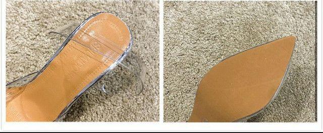 Sandália transparente  - Foto 3