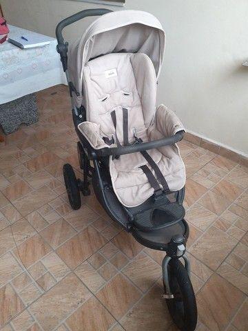 Carrinho de bebê conforto