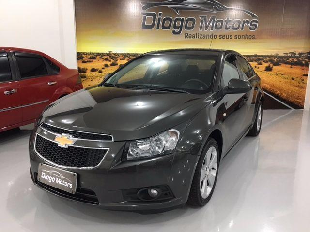 Gm - Chevrolet Cruze 1.8 LT Manual