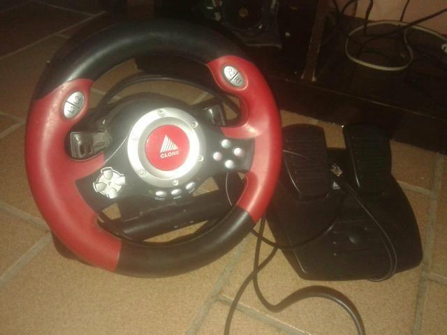 Volante de pley 2 + pedal
