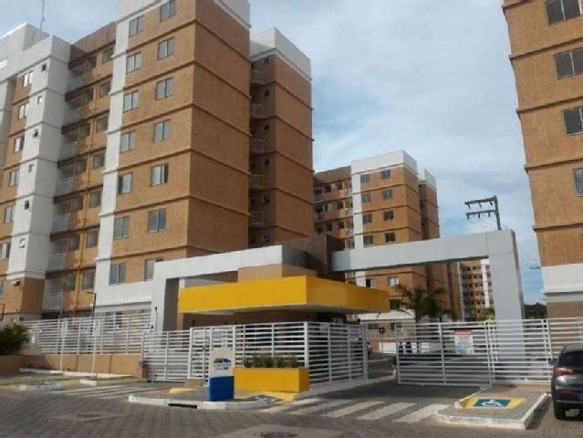 Aluga-se apartamento com 2/4 - Cond. Via Monte