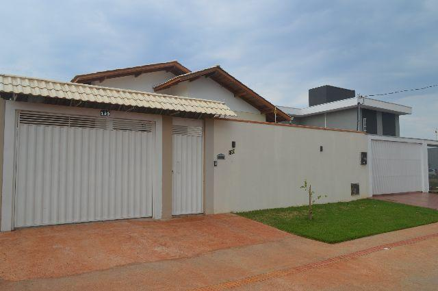 Casa de qualidade no Jardim Cristhais fone 67 991901042