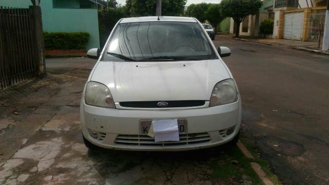 Ford fiesta 1.0 em dias completo 13 mil reais