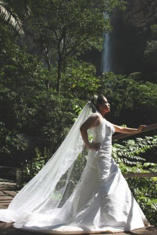 Vestido de noiva lindo clássico barato